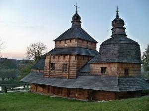 1024px-Церква Св.Духа (Потелич)